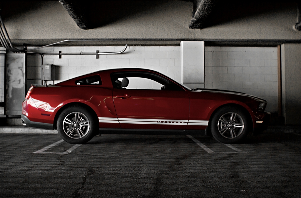 IMAGE: http://dngphotoandfilm.files.wordpress.com/2012/04/mustang2_1.jpg?w=1024&h=676