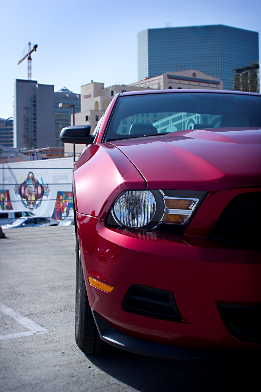 IMAGE: http://dngphotoandfilm.files.wordpress.com/2012/04/mustang_1.jpg?w=950