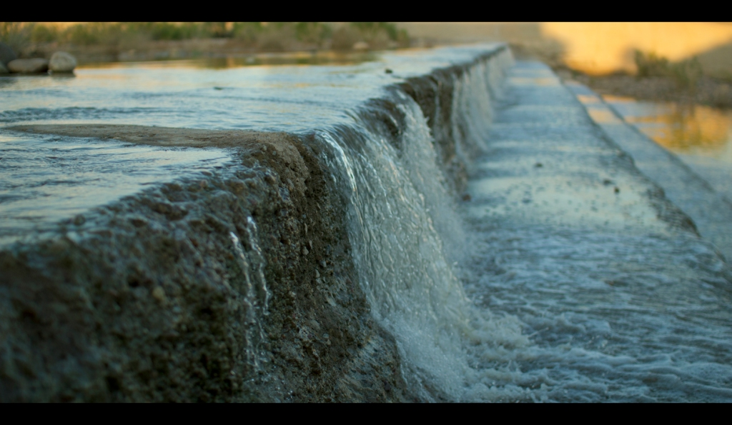 IMAGE: http://dngphotoandfilm.files.wordpress.com/2012/08/spillover1.jpg?w=1024&h=